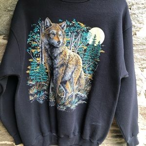 Black Lone Wolf Crew-Neck Sweatshirt Large